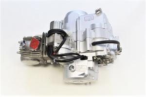 Двигатель с задней передачей 152FMI (52.4x55.5) механика,стартер сверху (125 см.куб.).Мощность 7,5 л.с.