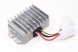 Реле регулятор однофазный VAPE R67 14V-200W.Для Ява 350-250 модель 632-634-638-639-640-360-559-353