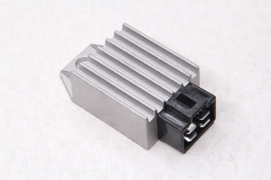 Реле-регулятор напряжения 2T, 4Т 50-150 куб.см.(4 контакта) скутер, мопед