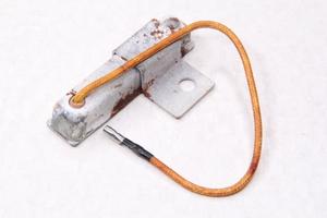 Резистор-сопротивление R-4 20W 5.9OM