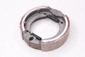 Тормозные колодки под барабанные тормоза (90мм)  2T 50см3 (D1E41QMB) TB-50/60