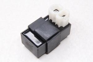Коммутатор скутер 50-150 куб. 4х.такт.(округлый штекер 4/2)
